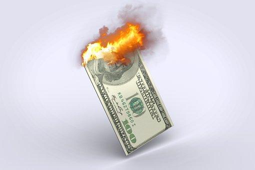 本格的に始まるキャッシュレス化について考える。「現金支払いにメリットはない」