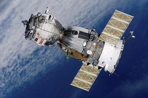GPSの位置測位の基本「人工衛星とデバイスのやり取り」
