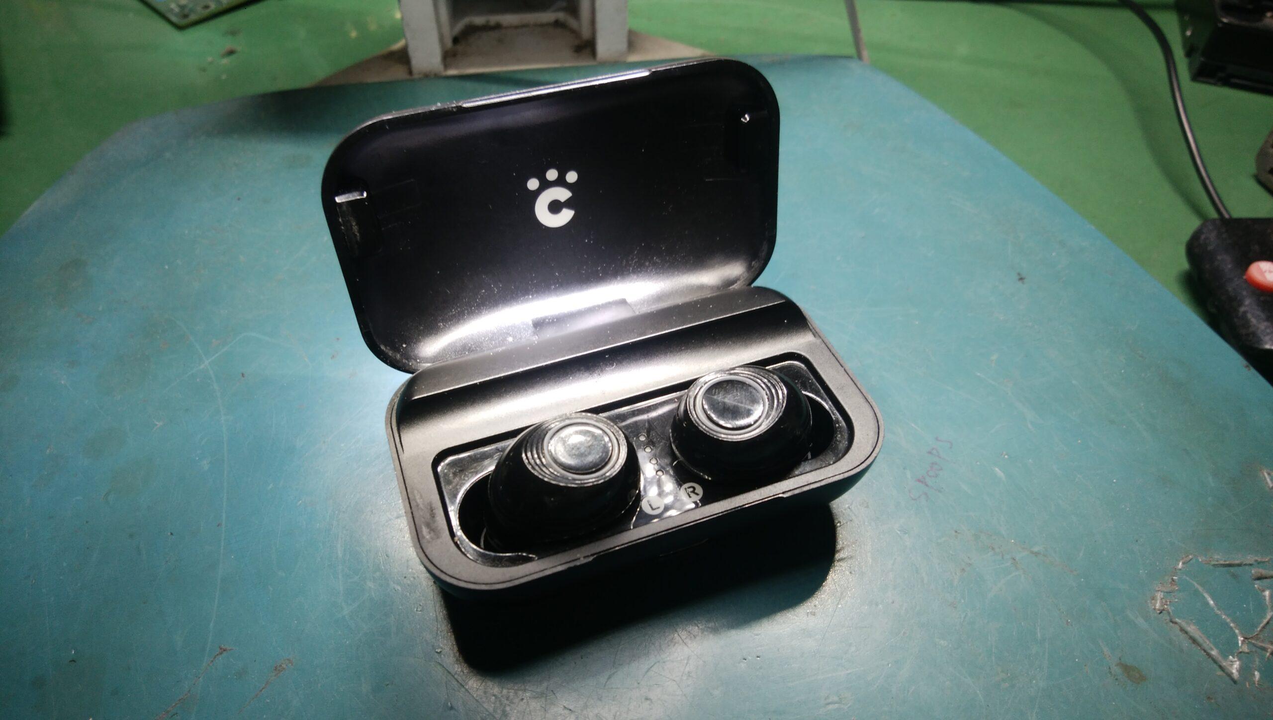「Bluetoothワイヤレスイヤホンの片方が聞こえない不具合の修理方法」内部スピーカーを有線イヤホンのスピーカーと交換する