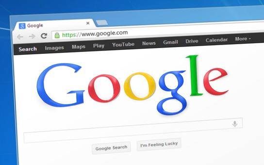 WEBサイトの動的ページと静的ページの違いについて「前者はデータベース管理、後者はHTMLファイル管理」