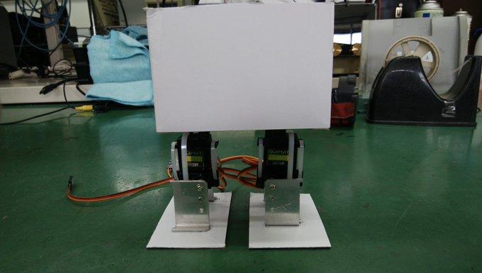Raspberry piで2足歩行ロボットの作成③「3Dプリンターがないので段ボールで2足歩行ロボットの骨格を作ってみる」
