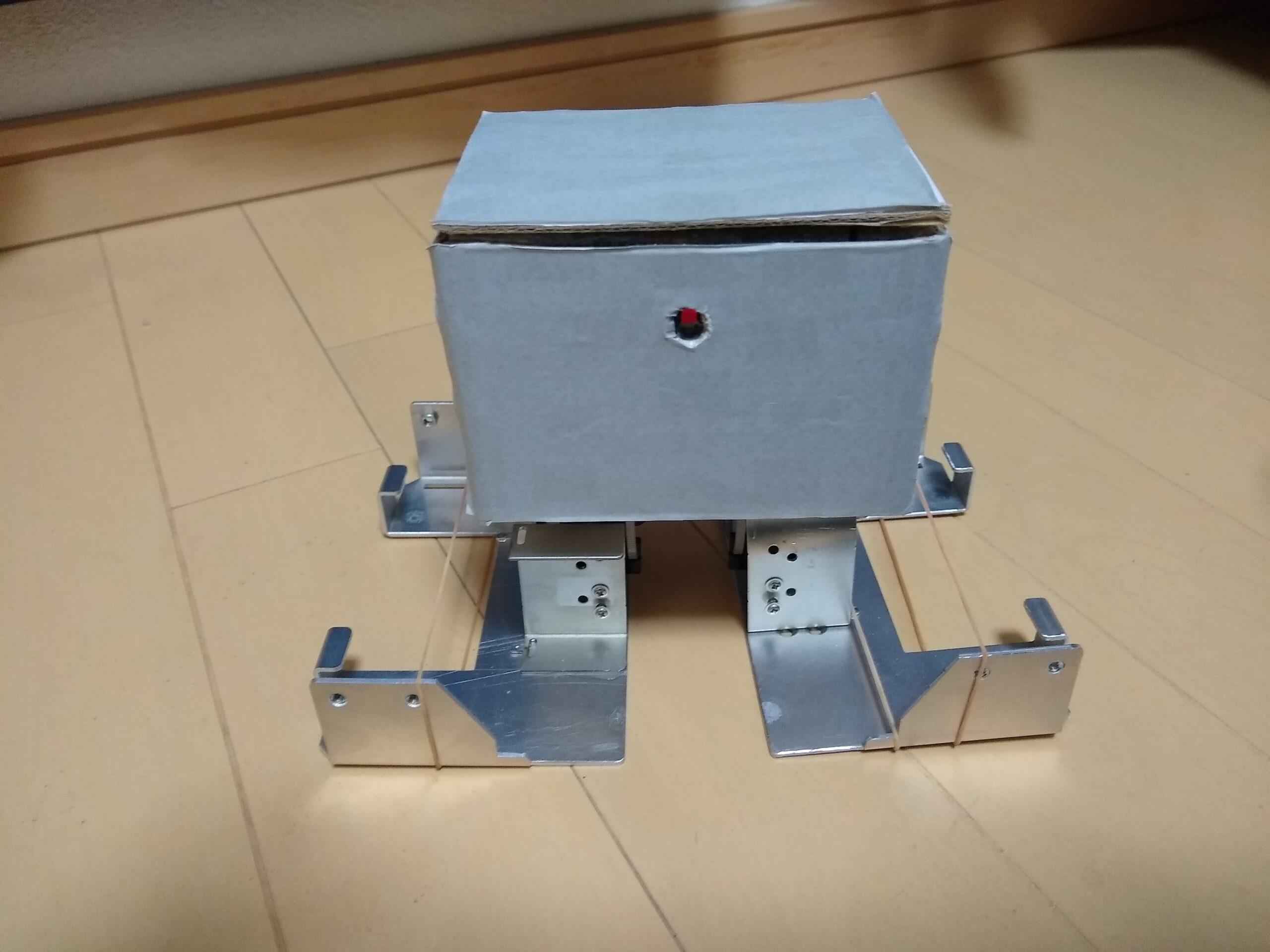 RaspberryPiで作る2足歩行ロボ「ApacheでCGIを使ってブラウザからpythonでサーボモーターを制御」